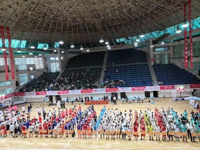 忠县最大规模篮球赛开打!