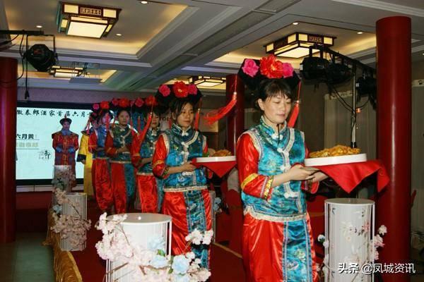 泰州:六月蟹黄美食节,改写吃蟹老传统