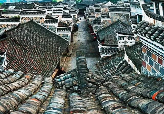 charuyimadesao_来自马蜂窝用户 leewuuyi 这座历史悠久的秦朝古城于战国时期建起,到