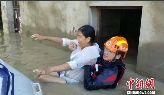 守护古城侧记:浙江多地救援力量驰援临海
