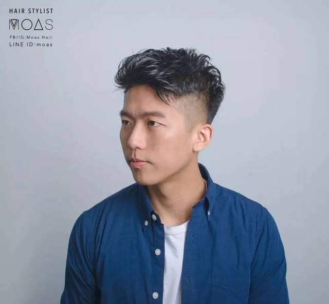 """男生没有""""锡纸烫""""也很帅,这几款夏季潮流发型很流行!图片"""