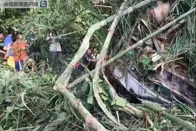 深夜噩耗!中国旅行团在老挝发生