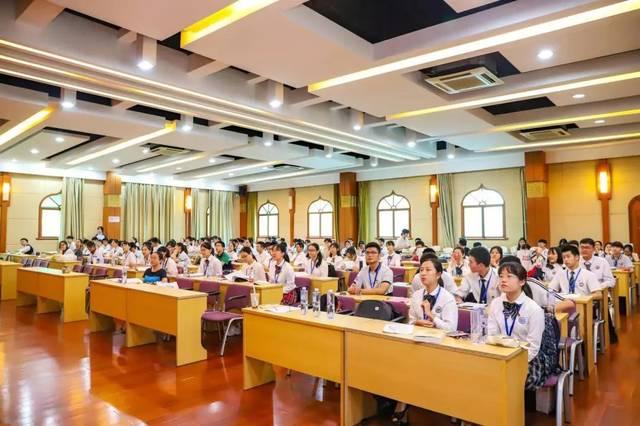 青春梦与中国梦:主轴线上的思想引领