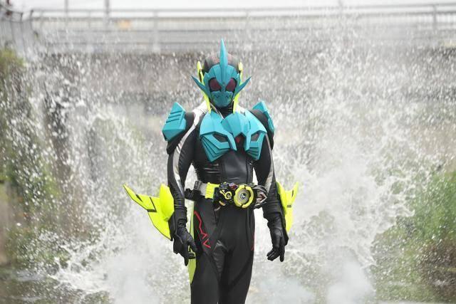 原创假面骑士01第3话先行:三骑变身,鲨鱼骑士登场,反派皮套帅炸了