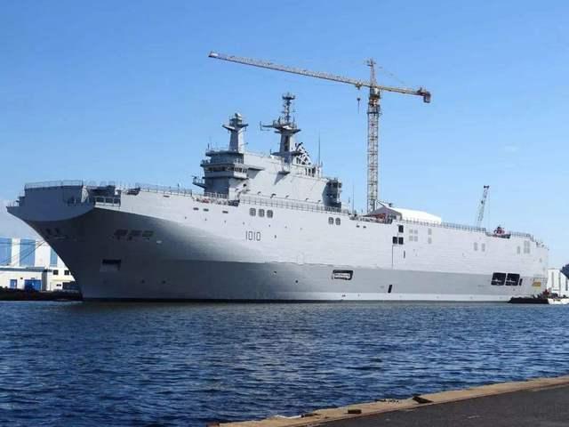 """俄罗斯没买着西""""北风级""""两栖舰,却从中赚了20多亿"""