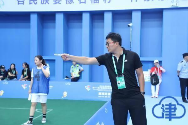 陀螺蹴球等民族体育项目在天津铁