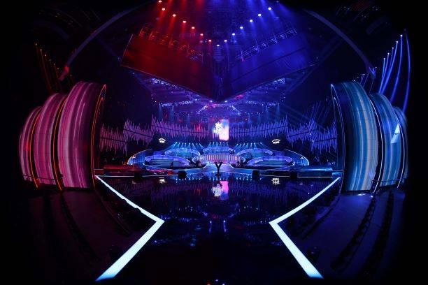 中国梦之声斑马下载_[消息]《中国梦之声·我们的歌》曝光竞演舞台 概念元素组合歌曲青春