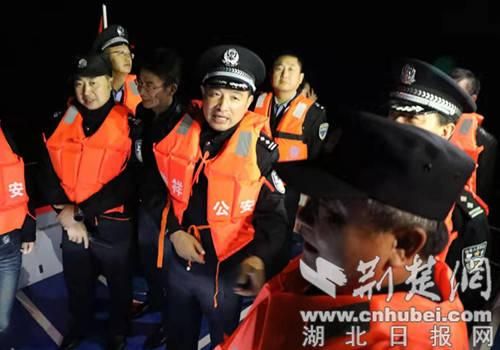 钟祥组建专业警队为境内144公里