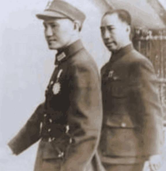 戴笠刑讯时用一种不雅古装,日本女浑身药物发杨幂字的间谍电视剧图片