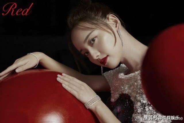 波多野结依作品封面_张嘉倪黄圣依同登杂志封面比美,同为两娃辣妈身材被赞