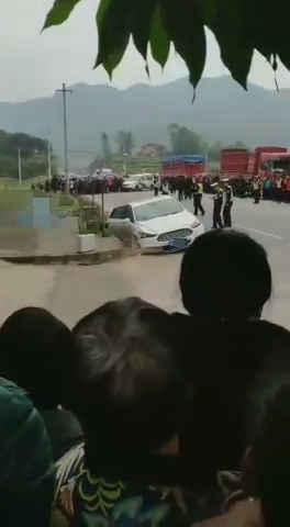 重庆垫江发生一起交通事故 造成4死2伤