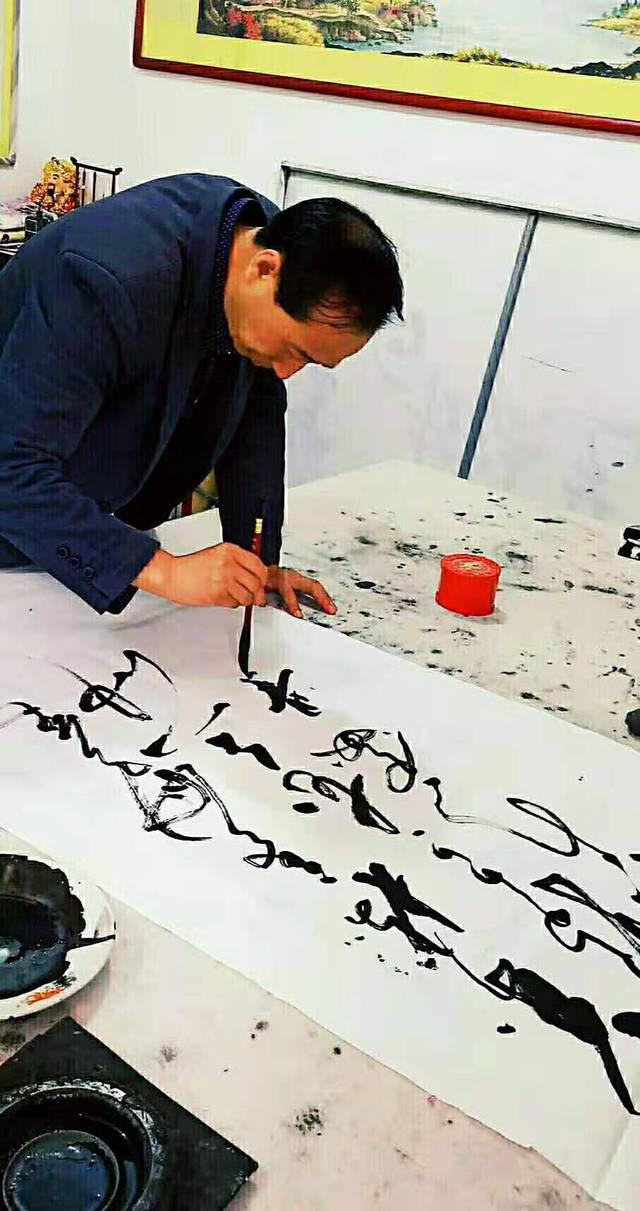 邓红伟——辉煌七十年·共筑中国梦