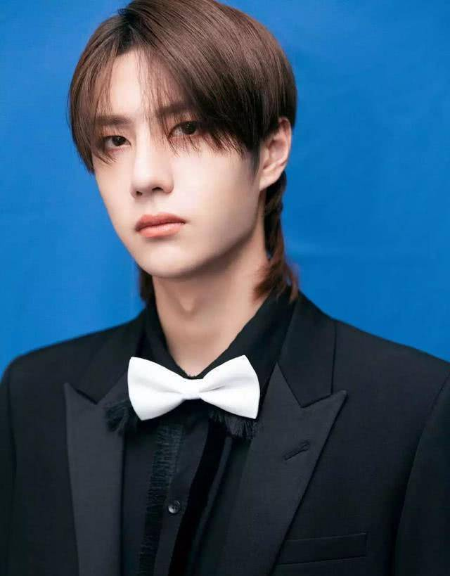 2019最新艺人新媒体指数排名 杨紫第五,王一博逆袭升至第一