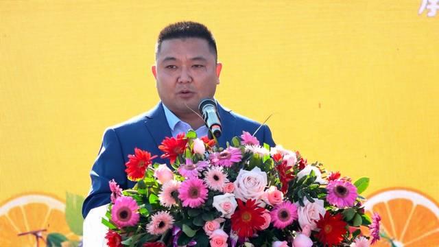 罗城仫佬族自治县举办特色农产品消费扶贫推广暨水果灯光节