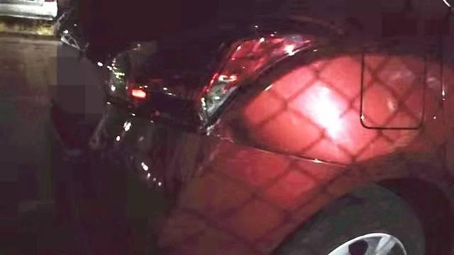刷屏!珠海9岁男孩偷开自家小车上街兜了5公里!撞车后淡定回家..