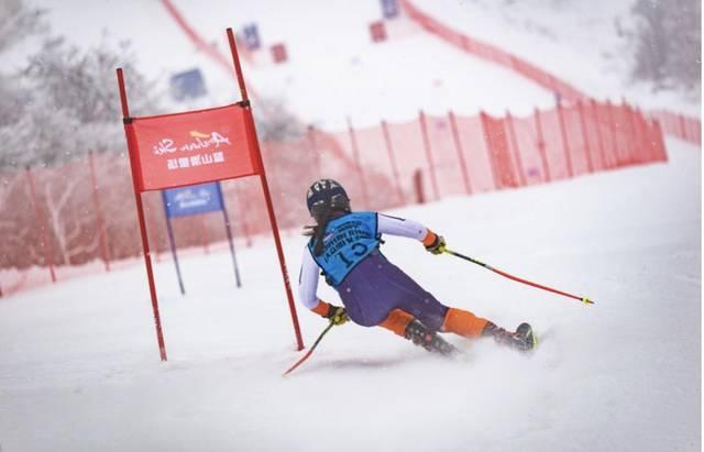 第六届全国大众冰雪季陕西鳌山举