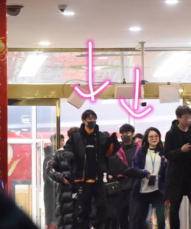 王俊凯和李荣浩将在央视春晚合体