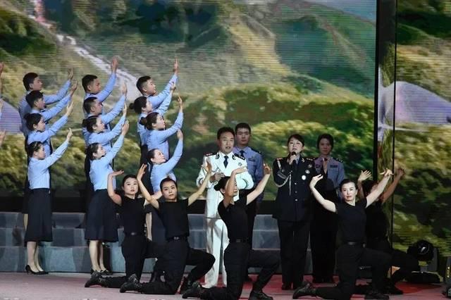 共筑中国梦 正谱