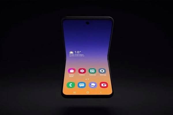三星折叠屏Galaxy Z Flip正式入网:屏幕不是塑料了!