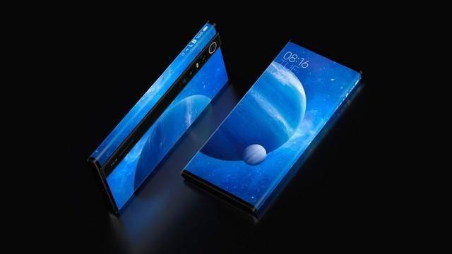 谁是最优之选:同为翻盖式折叠屏手机,三星与摩托罗拉全方位比对