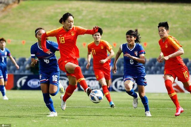 女足提前小组出线,30分钟轰入4球