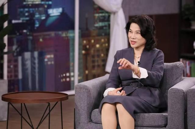 董明珠中国最杰出商界女性抗疫MV热血出征