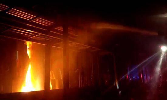 辽宁葫芦岛又发生一起事故,位于经济开发区,场面令人不寒而栗!