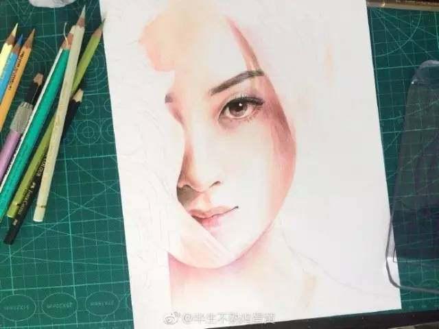 窦骁画完了下面是楚乔(赵丽颖)的手绘教程了 由于彩铅人物上色的