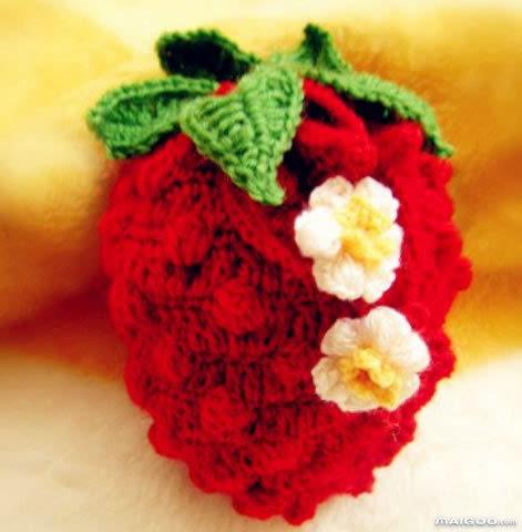 手工钩针编织包包diy,教你草莓零钱包毛线编织法