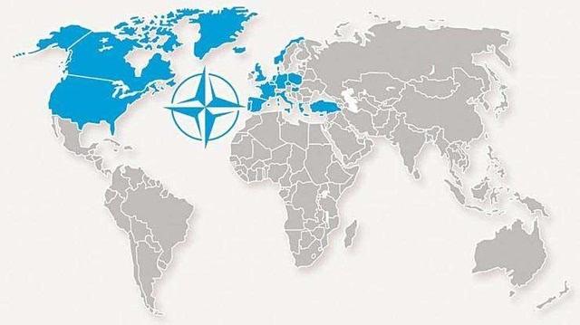 第二次世界大战后,美国推行遏制苏联的战略,北约就是在这样的背景下于