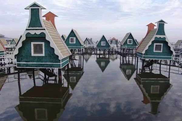 月坨岛和菩提岛哦~ 地址:唐山市海港开发区西南5公里 自驾路线:从天津
