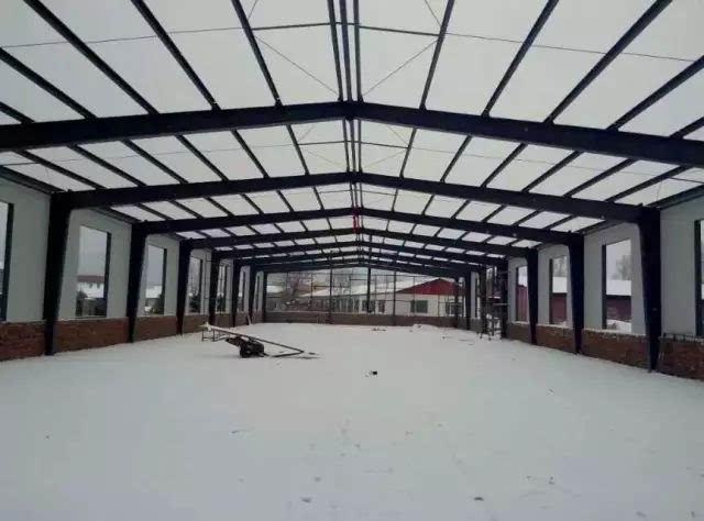 2钢结构安装前除应按常温规定要求内容进行检查外,尚应根据负温条件下