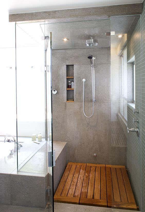 淋浴房地面这样多铺一层木板,不烂木头,下水超快