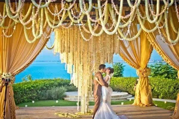 宋仲基宋慧乔公布婚期,看双宋cp如何缘定巴厘岛