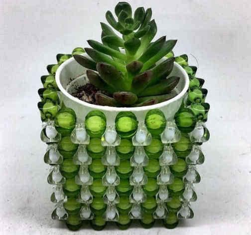 多肉植物花盆的创意制作,用茶袋和珠子来编制