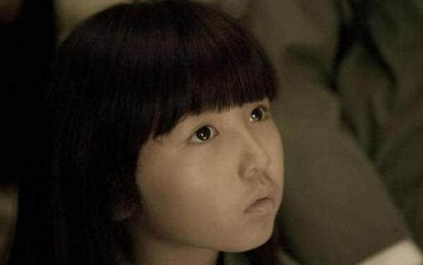 当然还有人说她漂亮,其实很多人认识她是从她扮演的小哪吒开始的↓↓图片