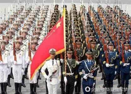 看中国阅兵,再看印度阅兵,确定这不是马戏团表演