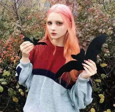 这种普通的发色怎么能衬出仙女的与众不同?