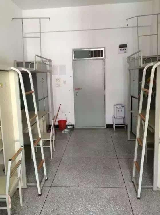 云南高校新生攻略:昆明理工大学新生入学宿舍篇图片