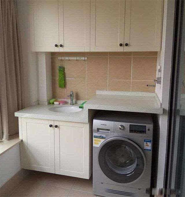 洗衣机放阳台还是卫生间?放错地方浪费几千块