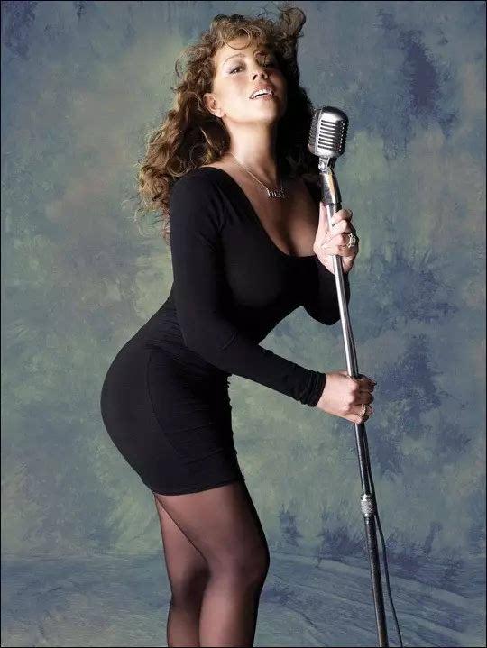 美女男性色固!깢�_不过早期的玛利亚凯莉可是前凸后翘,臀部曲线堪称完美!