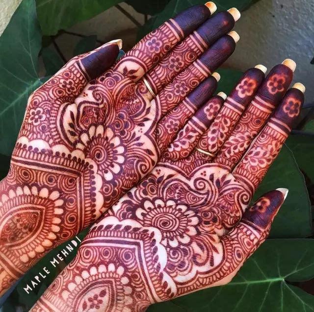 """"""" henna彩绘——印度海娜手绘 一种短时间保存的人体绘画, 通常可以管"""
