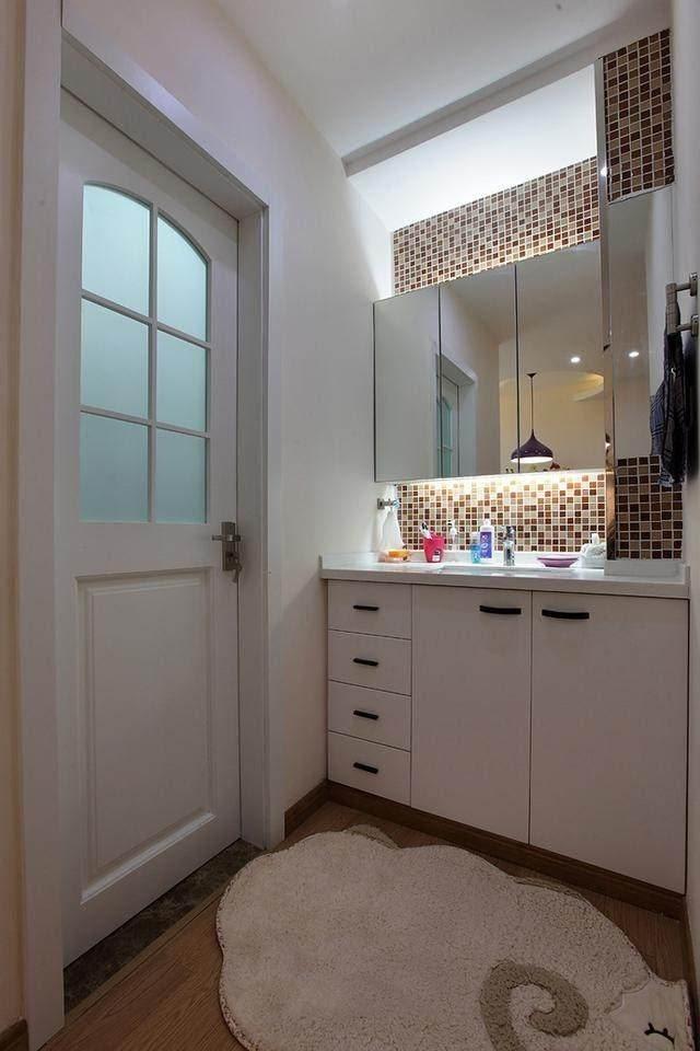 房子再小卫生间也要做干湿分离,洗手台这样设计好看又实用.