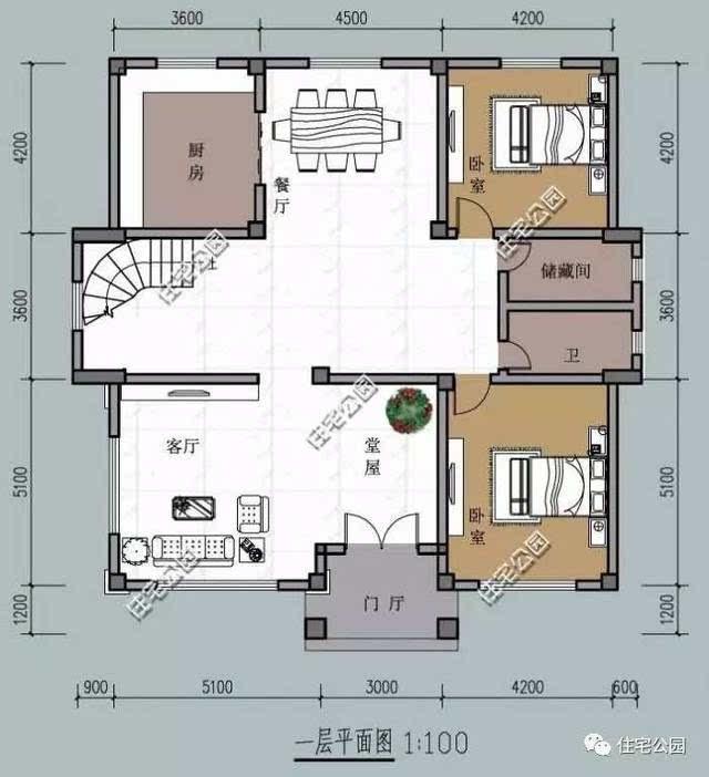 采用双楼梯设计,既有精美的旋转楼梯又有实用的简单楼梯,营造相对独立