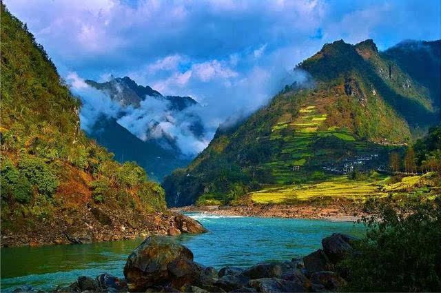 九月,你该去一次高黎贡山!一步一景,美到窒息!-旅游