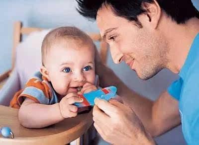 真相:爸爸带小孩越多,小孩越聪明