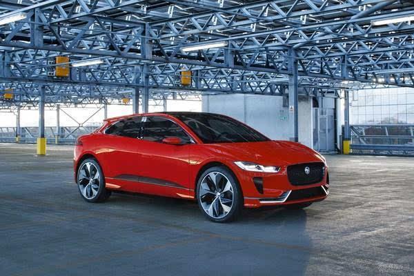 新车将装配三台电动机,其中两台电动机为后桥输出动力,另外一台电动机