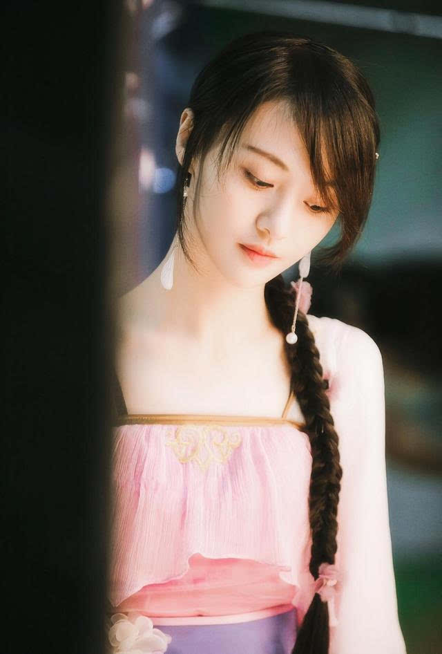 当赵丽颖的嫦娥遇到郑爽的古装,谁才是小仙女?