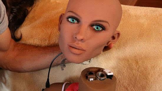 好看的国外性爱网_据国外媒体quartz报道,目前最被忽视的性爱机器人市场是女性市场.