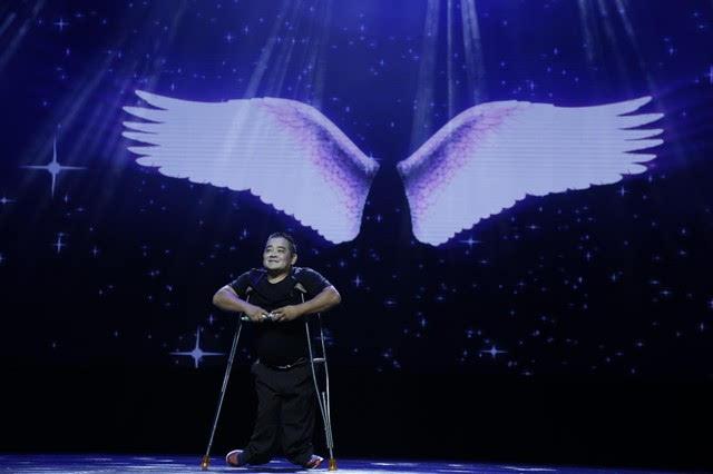 舞蹈室墙绘图片翅膀
